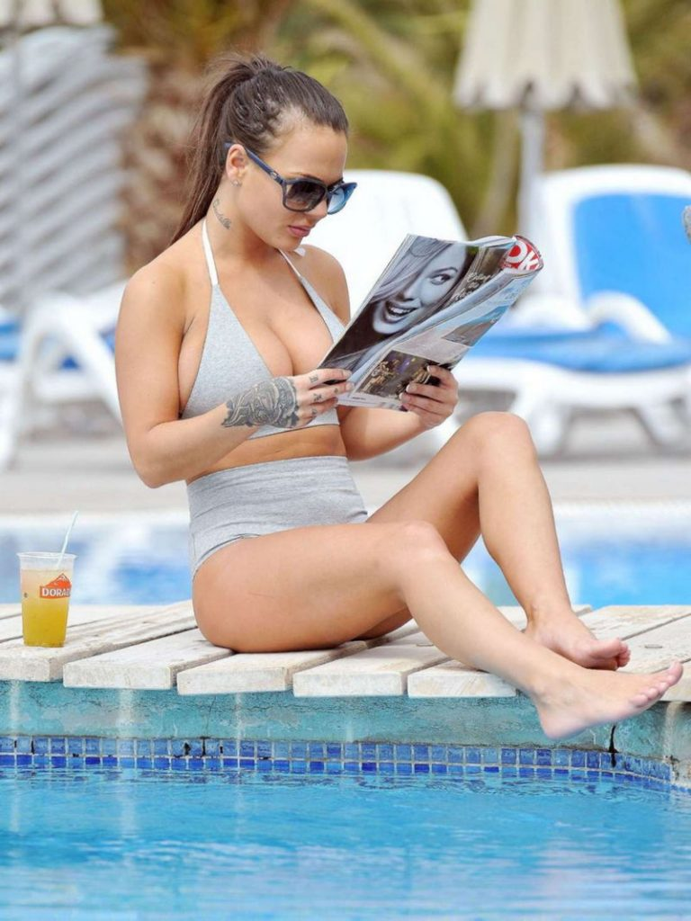 Chantelle Connelly is reading a magazine