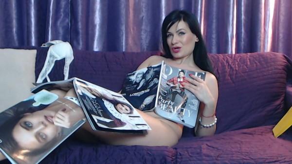 Eva in Magazines heaven 48